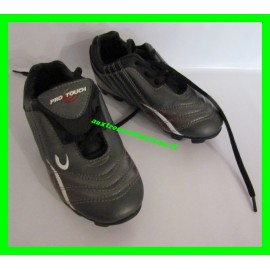 Baskets / Chaussures de foot avec crampons P. 30 Pro Touch