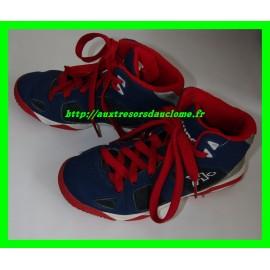 Baskets montantes bleues et rouges Kipsta P. 33