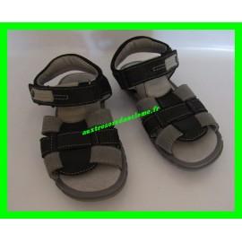 Sandales p.28 grises et noires André