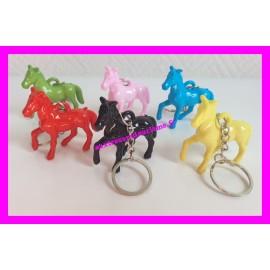 Porte-clés cheval de couleur