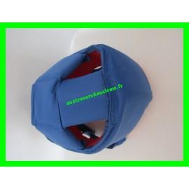 Casque anti-choc bleu et rouge Toppen 77