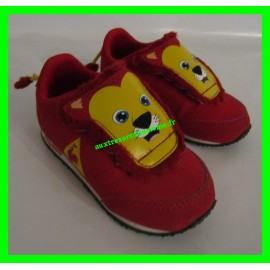 Baskets rouges P. 21 motif lion Le Coq Sportif