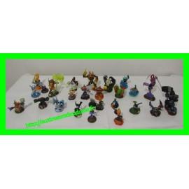 Lot de 26 figurines Skylanders