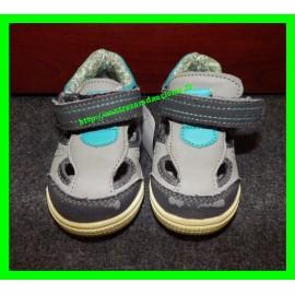 Chaussures grises Gémo p.21