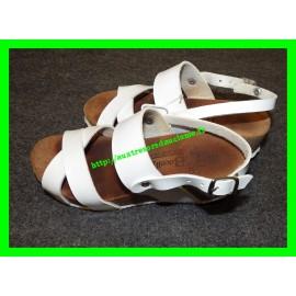 Sandales compensées blanches P. 31 Bocelli