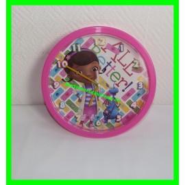 Horloge / Pendule rose Docteur la Peluche